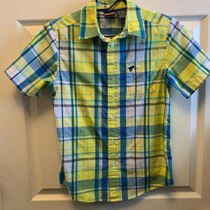 Wrangler short sleeve button down size large